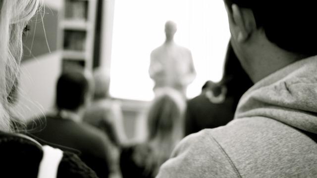 teaching-661748_640